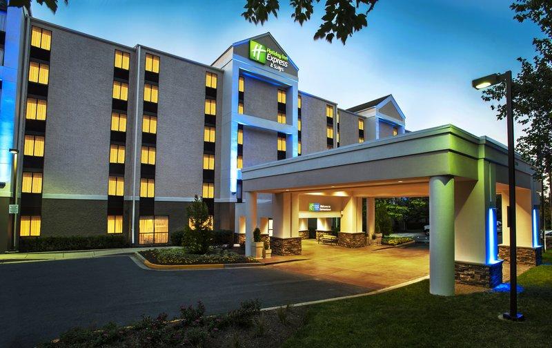 Holiday Inn Express Hotel & Suites Germantown Gaithersburg