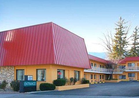 Rodeway Inn at Nevada State Capitol