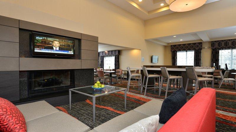 Holiday Inn Express Boston Milford